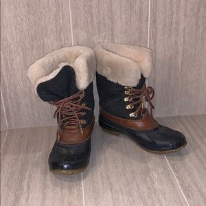 Cozy Tory Burch winter boots size 6